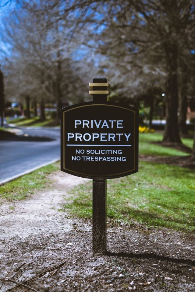 trespassing sign privacy